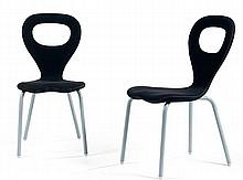 Marc NEWSON (né en 1963) & MOROSO (Éditeur) A pair of stackable tubular steel legs