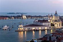 Visite à Venise - à l'invitation de François Pinault, une visite de Punta della Dogana et de Palazzo Grassi, suivie d'un déjeuner
