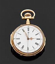 ANONYME VERS 1900 Montre de poche or jaune avec chronographe monopoussoir et répétition des quarts. Cadran émail blanc avec index ch...