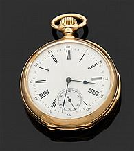 ANONYME DÉBUT XXème siècle Montre de poche savonnette en or jaune avec répétition des quarts. Cadran émail blanc avec index chiffres...