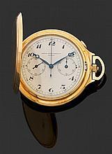 GENEVA SPORT WATCH - GENÈVE VERS 1920-30 Montre de poche savonnette en or jaune avec chronographe monopoussoir. Cadran argenté avec ...