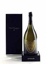 """2 magnums CHAMPAGNE """"Dom Pérignon"""", Moët & Chandon 2002"""
