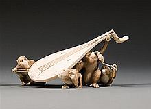 An ivory okimono, signed. Japan, Meiji period. L. 16 cm (6 5/16 in.)