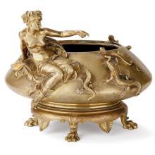 Louis-Ernest BARRIAS (1841-1905) Jardinière en bronze doré