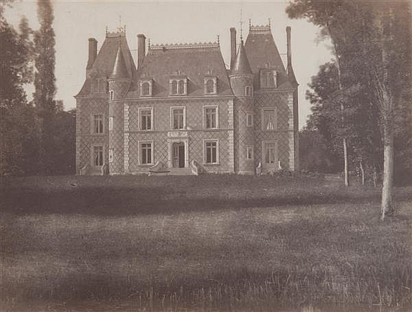 Louis Noël Richou (1816-1895) Manoir dans les environs d'Orléans, vers 1855 Épreuve salée albuminée, négatif verre, montée sur carto...