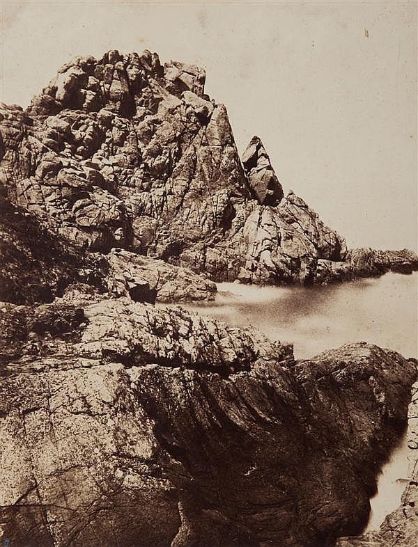 Paul Auguste de Boisguyon (1802-1892) Césambre, île du Rocher, vers 1859-1861 Épreuve albuminée, négatif papier, montée sur carton, ...
