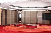 Michel BOYER (1935-2011) Suite de trois spectaculaires claustras incurvés en arc de cerle, structure en acier poli composée de plusi...