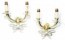 ANNÉES 40 A pair of neo-classical regilded brass wall lights