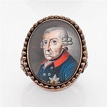 Bague politique à portrait en or jaune de moins de 9K à chaton de forme ovale ornée d'une miniature représentant Frédéric II de Prus...