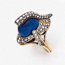 Rare bague anecdotique en or jaune 14K en forme de casque de dragon en lapis-lazuli et pavage de diamants taillés en rose