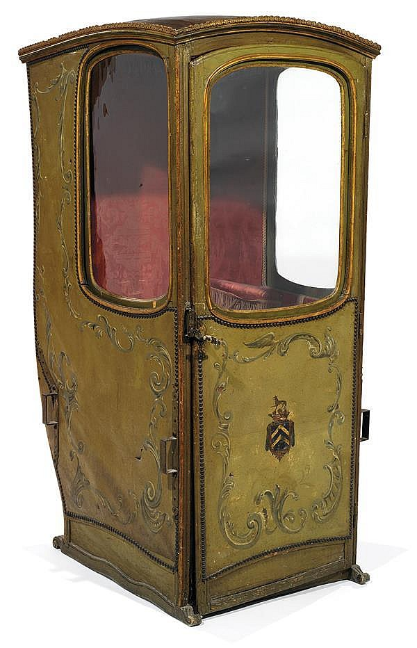 Chaise porteur gain e de toile peinte d cor en volutes e for Chaise a porteurs