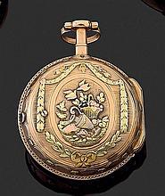 LEPINE A PARIS 2ÈME MOITIÉ DU XVIIIÈME SIÈCLE Montre de poche à toc en trois tons d'or époque Louis XVI