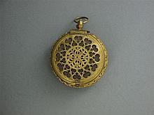 ANONYME Montre de poche à sonnerie avec épais boîtier en laiton ajouré. Cadran argent avec lunette gravée d'un index chiffres romain...