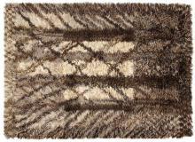 MARIANNE RICHTER (Née en 1916) Tapis mécanique haute laine, à décor stylisé d'un paysage