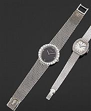 CORUM ANNéES 60 Montre bracelet de dame en or gris avec boîtier rond et lunette sertie d'importants diamants. Cadran gris avec quatr...