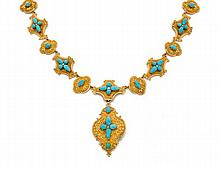 Années 1850 Parure turquoises Elle se compose d'un collier draperie composé de maillons de diverses formes polylobées en or jaune 18...