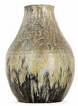 Auguste DELAHERCHE (1857-1940) Grand vase ovoïde en grès à col tronconique légèrement évasé, décor d'épaisses coulures grises, brune...