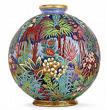 LONGWY Spectaculaire et rare vase sphérique en faïence, dit