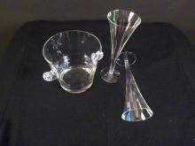 TIFFANY signed ice buck with pair champagne flutes