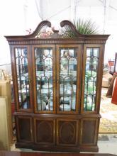 DREXAL HERITAGE Mahogany Glass China Cabinet