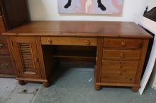 Country Willow Oak Desk