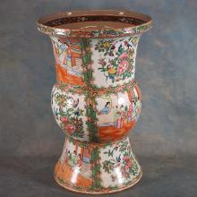 19th century Chinese Porcelain Rose Medallion Palace Urn, 15