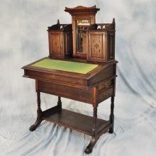 Antique Writing Desk/Davenport Desk