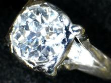 2011 Platinum White Gold 18kt 1.18 carats Solitaire Diamond Ring
