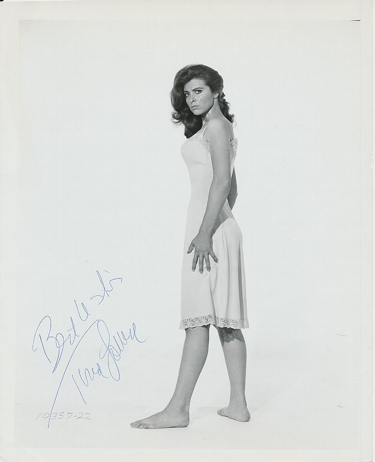 Tina Louise 'Gilligan's Island' Autographed publicity photograph
