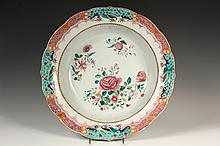 CHINESE EXPORT BASIN - Fine Quality 18th c. Famille Rose Basin Charger with Blossoms. 3 1/4