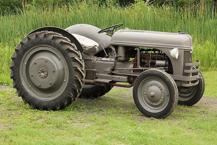Ford Ferguson Tractor : Thomaston ford upcomingcarshq