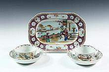 (5 PCS) CHINESE EXPORT PORCELAIN - All late 18th c., in famille or Canton rose, including small octagonal tray with figures, 10
