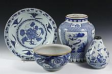 (4 PCS) CHINESE EXPORT PORCELAIN - All 19th c. Blue and White, including: Large Charger with grape decoration, 2 3/4