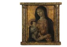 ITALIAN RENAISSANCE STYLE ICON - Madonna and Child, in the manner of Segna di Bonaventura (1298-1331), oil on wood panel with chased gilding, in a later fatigued gilt tabernacle frame, late 18th to early 19th c., OS: ...