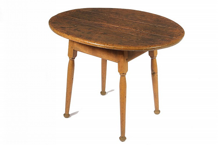 TAVERN TABLE - Diminutive Maple Oval Top 18th c. Tavern Table, mortise and tenon apron with pegged construction, set on turned legs ter