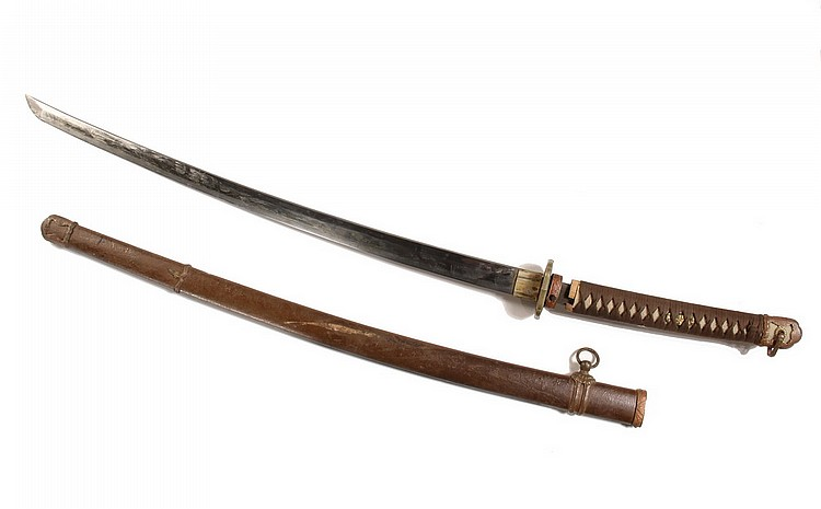 JAPANESE SWORD - Japanese -WWII Era Imperial Army Sword or Kai-Gunto, with dated and signed blade, ray skin grip, gilt menuki, drab ove