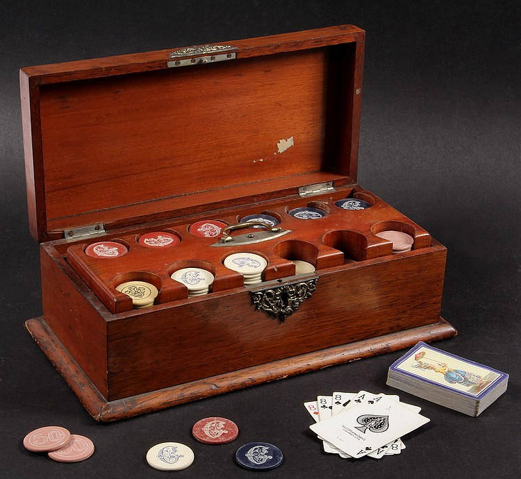 CASED SET VINTAGE CLAY POKER CHIPS - Late 19th c Mahogany Gambling Chip Case having lift out tray containing (298) chips.
