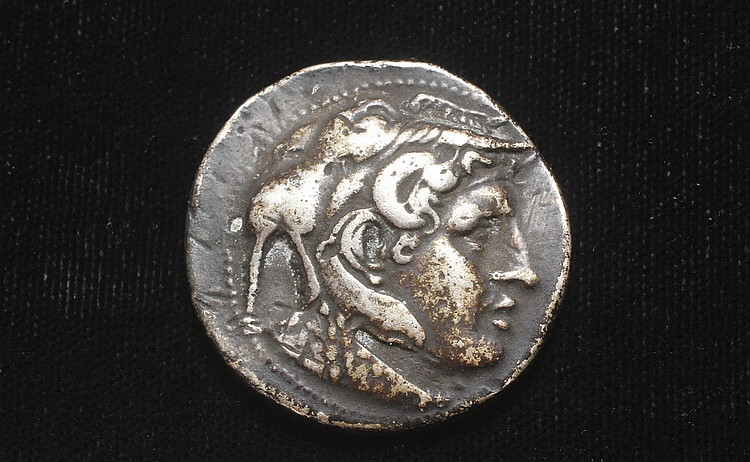 ANCIENT ROMAN SILVER COIN - Kingdom of Macedon. Alexander III 'The Great' AR Tetradrachm. Amphipolis, circa 325-322 BC. Struck under An