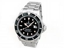 40mm Gents Rolex Stainless Steel Oyster Perpetual Submariner Watch. Black Dial. Stainless Steel Bezel, black insert. Stainless Steel Oyster Band. Style 16610. - L29694