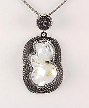 Victorian Vintage Mother of Pearl Pendant - L22982