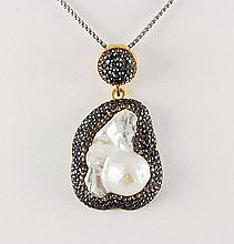 Victorian Vintage Mother of Pearl Pendant - L22986