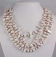 PRETTY WHITE 674.00CTW FW PEARL NECKLACE W/ BOTTON LOCK - L22356
