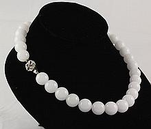 Handknotted Lovely White Jade Necklace - L23325