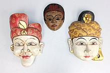 Lot of 3 decorative masks/wall hangings