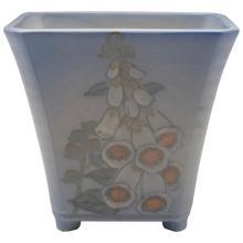 Kataro Shirayamadani (1865-1948) for Rookwood Pottery Foxglove vase, #5086 6.5