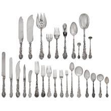 Gorham Manufacturing Co. Versailles extensive flatware service for twelve, 310 pieces dinner knife: 9 3/4