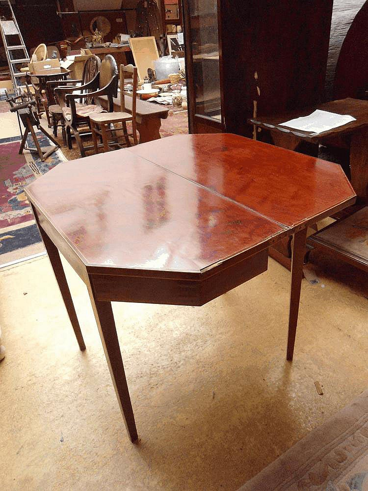 Geo III mahogany tea table