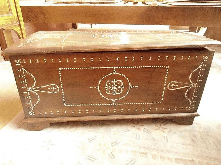 Inlaid Indian casket