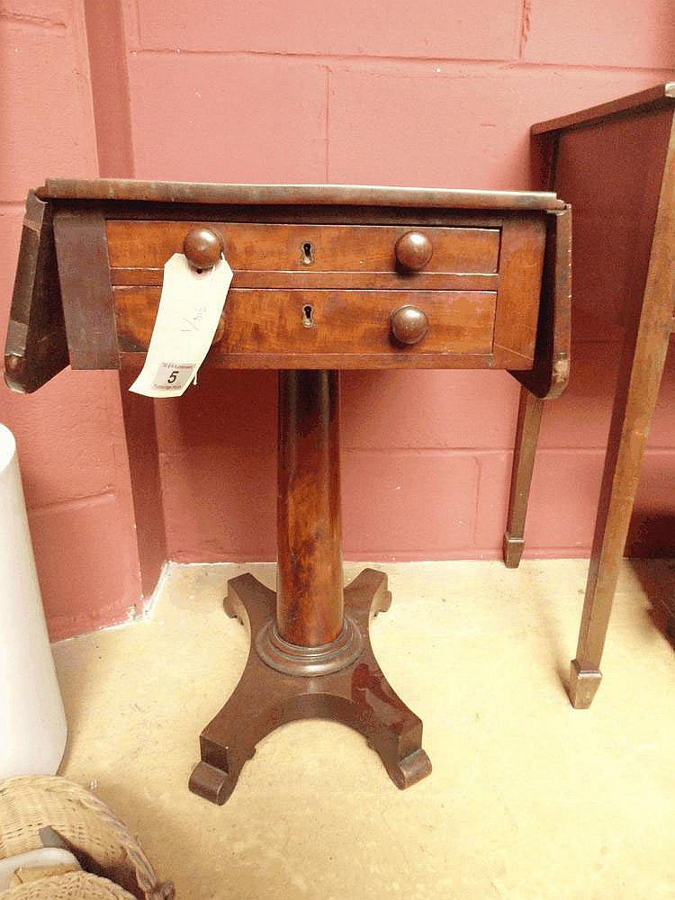 A mahogany early 19thC sewing table
