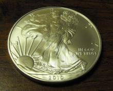 US Silver Eagle - UNC - Random Year
